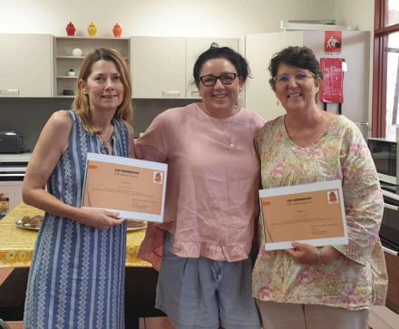 Katherine President Kerri Scott awarding life memberships to Helen Harding and Sally Sullivan